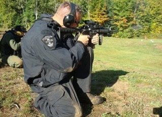 Police Tactical Rifle - Kneeling